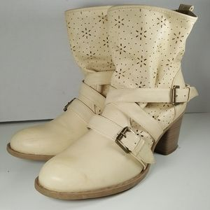 Bucco Womens Heeled Strappy Boots Size: 10